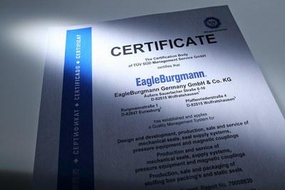 KeyVisual_Certificates
